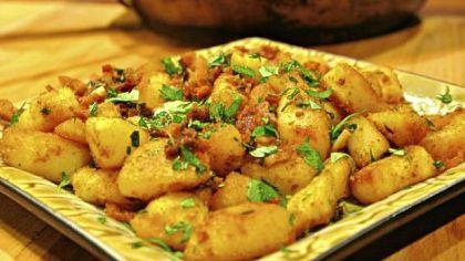 Scruffed carbonara potatoes Scruffed carbonara potatoes.