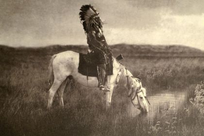 Edward Curtis: The last photos of Native American tribes