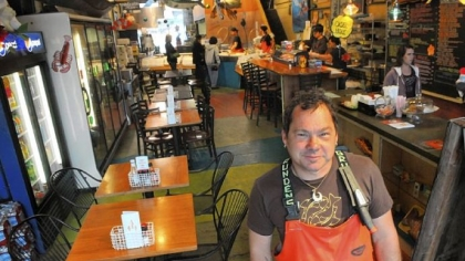 Wholesale retail sales of seafood making comeback in for Penn ave fish co