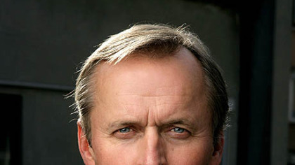 john grisham a postmodern author essay Two long stories by the postmodernist hungarian author: one about a frustrated writer given a terrible assignment, the other about a conflicted game the whistler john grisham doubleday, $2895 a florida judge is accused of profiting from a mafia-run casino on native american land, and lawyer and.