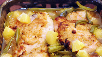 Polynesian Chicken Pineapple and green pepper mix to season Polynesian ...