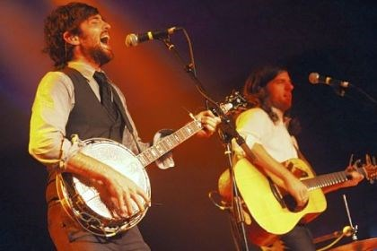 Avett Brothers The Avett Brothers performed in 2010 at the Ches-A-Rena Entertainment Complex in Cheswick.