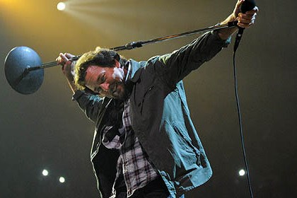 pearl jam 2 Eddie Vedder leads Pearl Jam at Consol Energy Center Friday night.