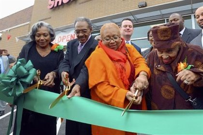 Hill District's Shop 'n Save Longtime Hill District residents Pat and Clyde Hefflin, Carolyn Gray, and her mother, 105-year-old Lillian Allen, cut the ribbon to the Hill District's Shop 'n Save.