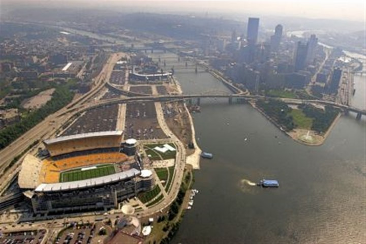 Heinz Field (with yellow seats) and PNC Park ( Heinz Field (with yellow seats) and PNC Park (a few blocks away on the Allegheny River) were built to be the new homes of the Steelers and Pirates, respectively. The two shared Three Rivers Stadium through the end of 2000.