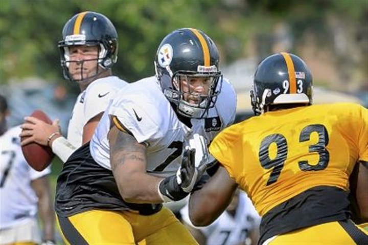 2013 Steelers tackle Mike Adams Offensive tackle Mike Adams drops back to protect quarterback Ben Roethlisberger during practice earlier this year.
