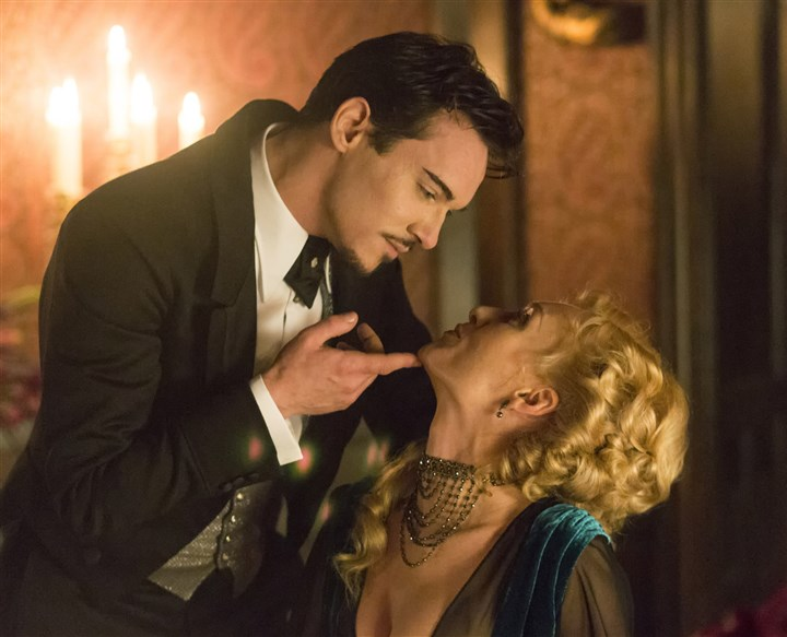 Dracula2 Jonathan Rhys Meyers as Alexander Grayson and Victoria Smurfit as Lady Jayne Wetherby.