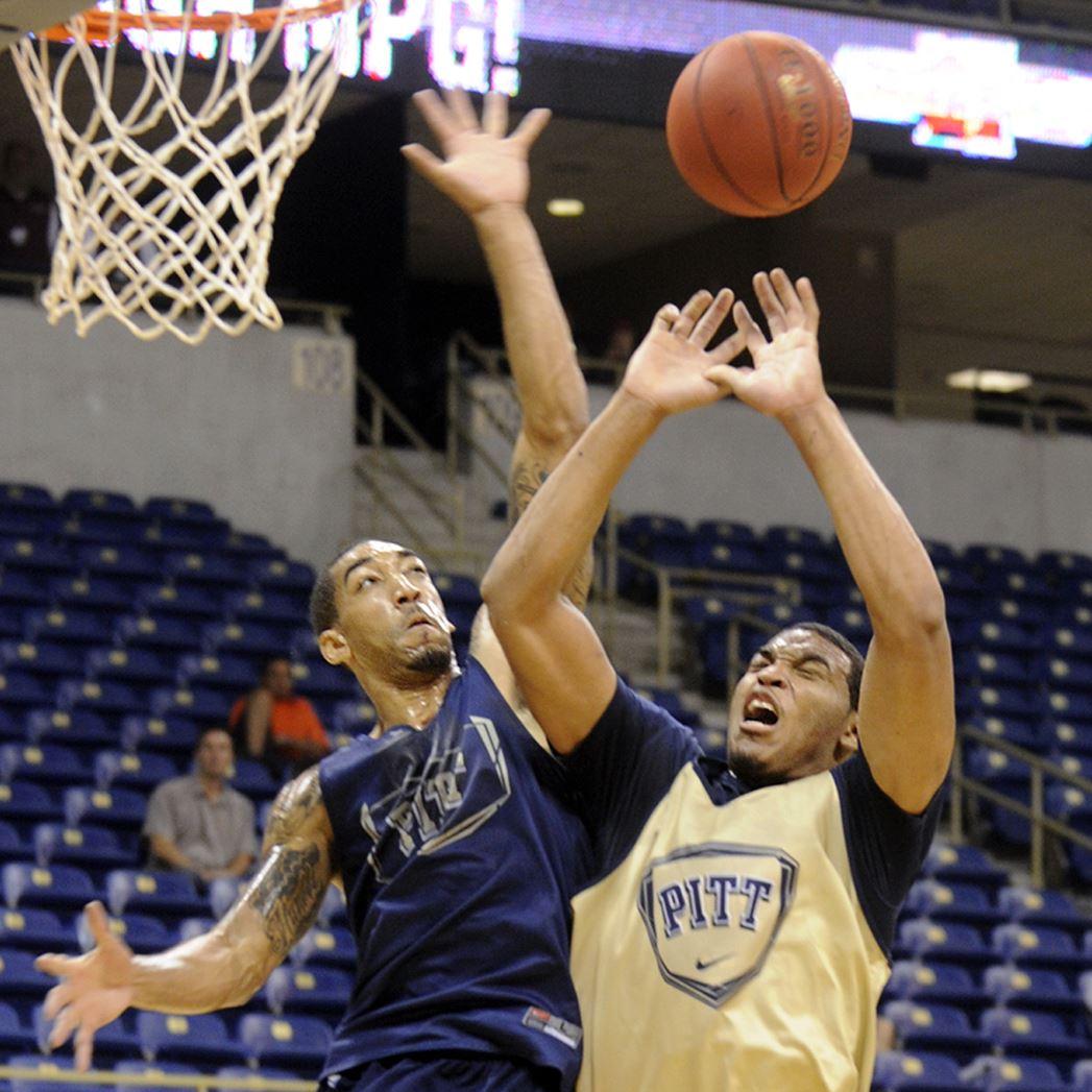 Pitt junior Wright rea...