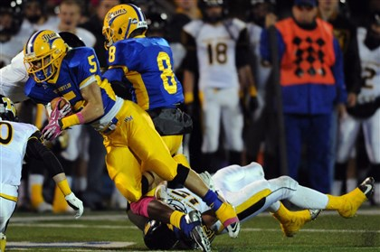 West Mifflin star running back Jimmy Wheeler  The Thomas Jefferson defense held West Mifflin star running back Jimmy Wheeler to 13 rushing yards.