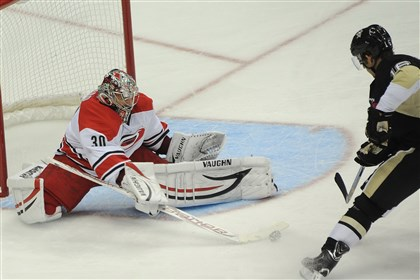 sutter1028b A key figure is injured and out of the lineup for the Hurricanes: Carolina goalie Cam Ward.