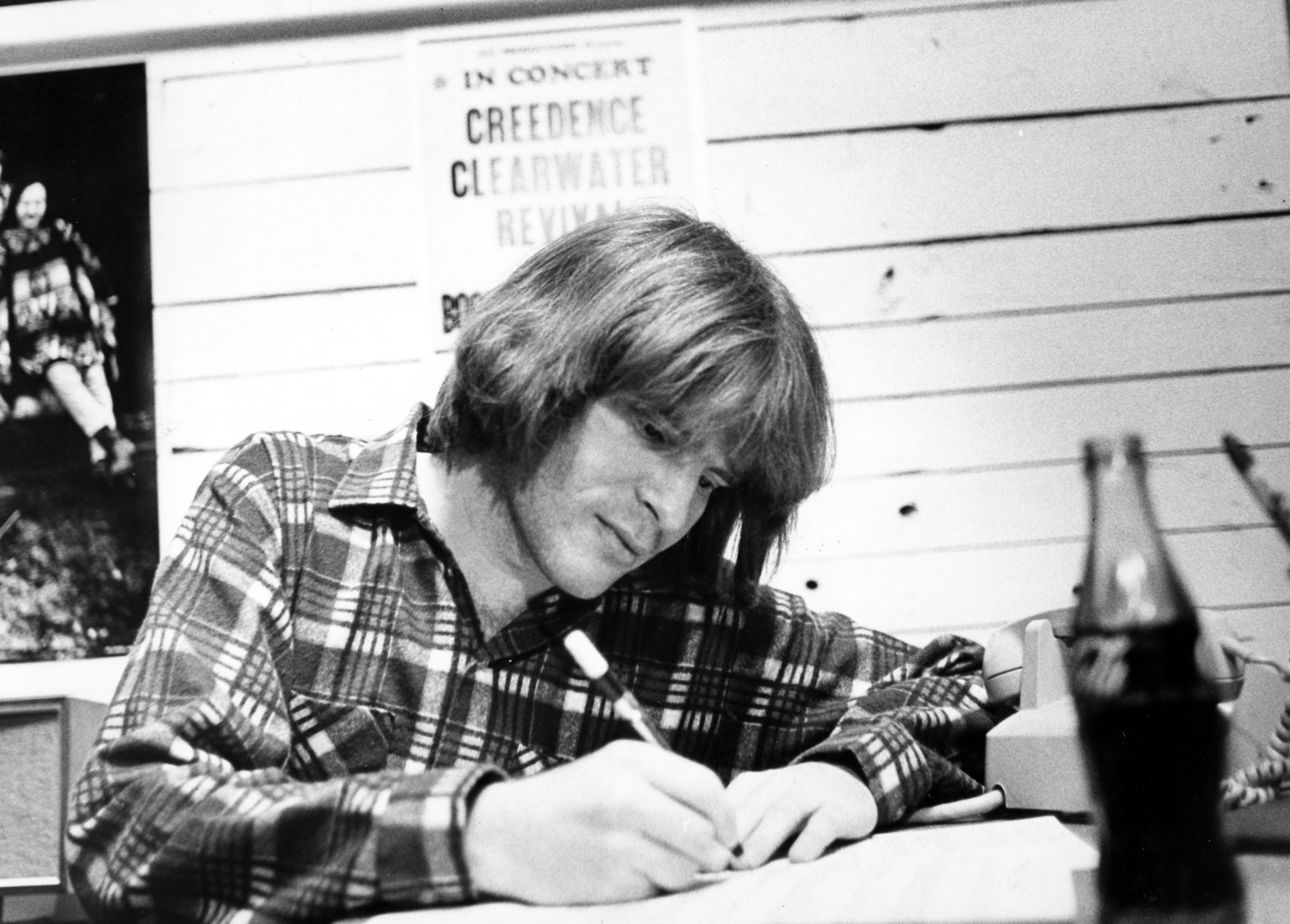 preview john fogerty digs deep into his ccr past with latest album tour pittsburgh post gazette. Black Bedroom Furniture Sets. Home Design Ideas