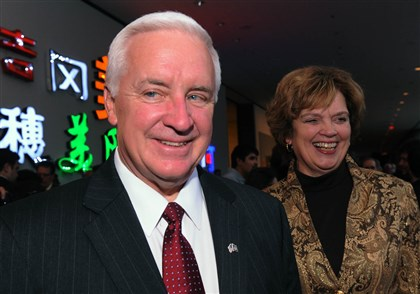 SEENPowell03-1 Gov. Tom Corbett with wife, Susan.