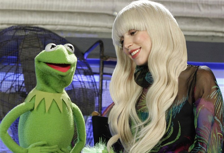 "20131124TVWeek_Gaga ""Lady Gaga & the Muppets' Holiday Spectacular,"" an avant-garde twist on the classic holiday variety show."
