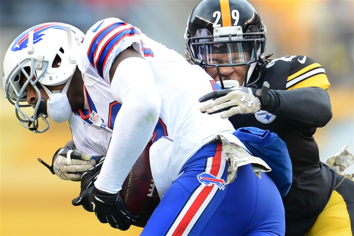 20131109pdSteelersSports11-1 Steelers DB Shamarko Thomas wraps up the Bills Steve Johnson at Heinz Field on Sunday.