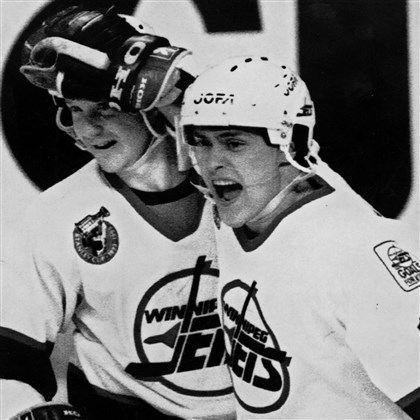 selanne1117a.jpg Teemu Selanne as a rookie in 1993 with Winnipeg.