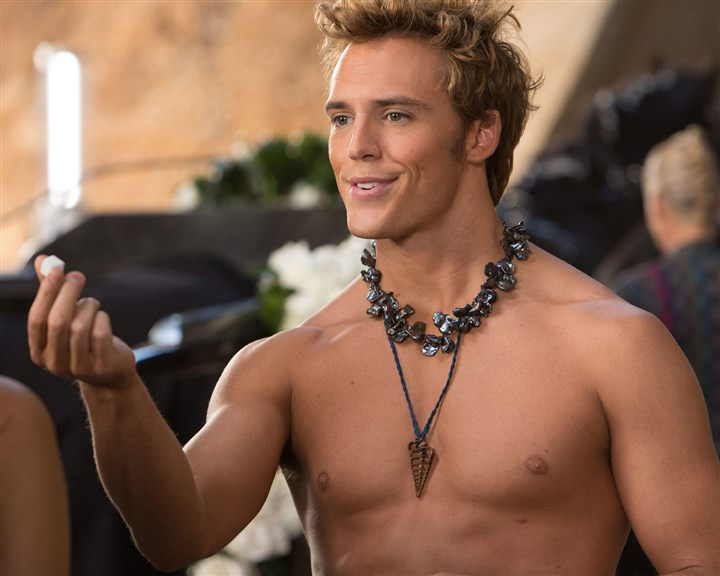 "TheHungerGames7 This image released by Lionsgate shows Sam Claflin as Finnick Odair in a scene from ""The Hunger Games: Catching Fire."""