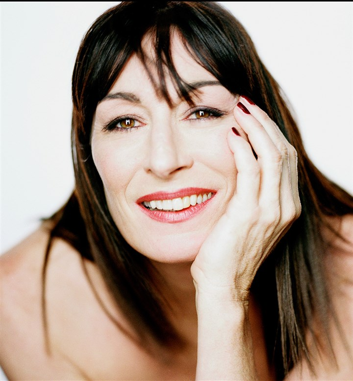 Huston1 Anjelica Huston