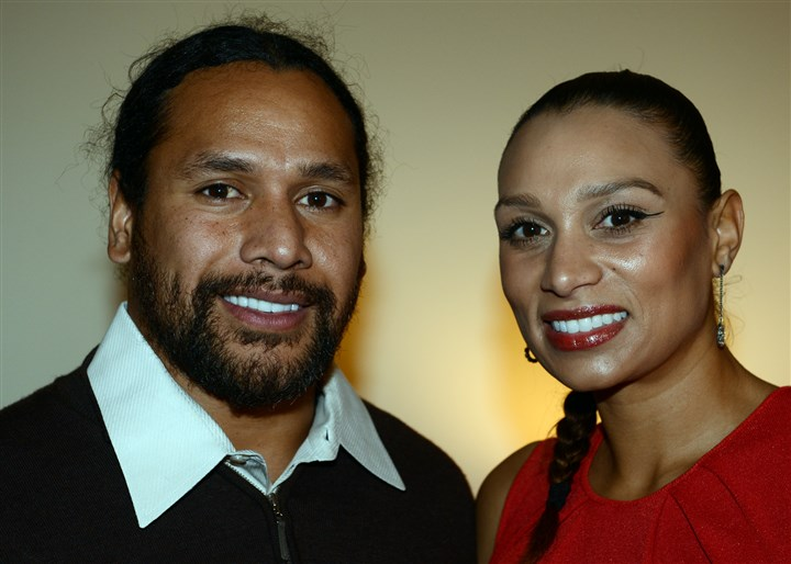 20131121bwFocusSeen03-2 Troy and Theodora Polamalu.