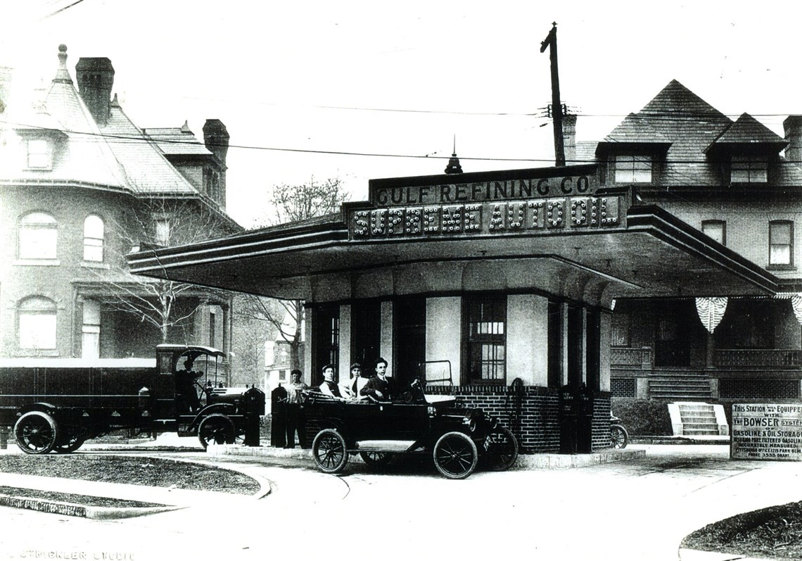 Pittsburgh\'s century-old drive-in gas station first of its kind ...