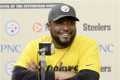 20131125arTomlin02-1 Steelers coach Mike Tomlin speaks to the media Monday at his weekly news conference at the Steelers South Side training facility.