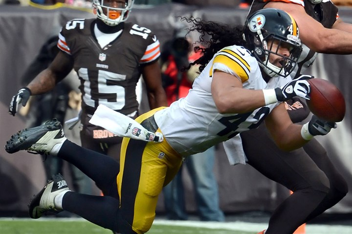 Troy Polamalu breakup Troy Polamalu nearly intercepts a pass in front of Browns tight end Jordan Cameron in a game last season in Cleveland.