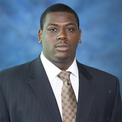 hollins1127 Juantez Hollins will start at left tackle for Pitt Friday against Miami.