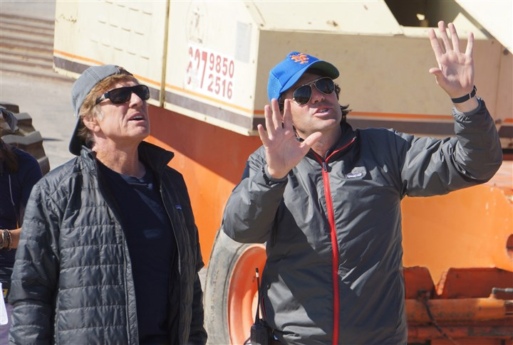 "indie1127-8 Robert Redford and director J.C. Chandor on the set of ""All Is Lost."""