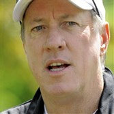 Jim Kelly has been named the winner of the 2015 Dapper Dan Lifetime Achievement Award and will be honored at the 2015 Dapper Dan Dinner and Sports Auction on Feb. 10.