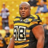Former Steelers nose tackle Casey Hampton.