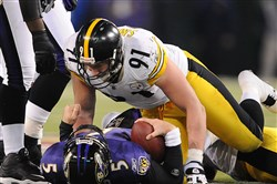 Will the Steelers stay on top of the Ravens in the AFC North? The oddsmakers and analytics community think they will.
