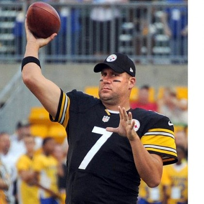 Ben Roethlisberger Steelers quarterback Ben Roethlisberger warms up before Saturday's preseason game against the Chiefs at Heinz Field.