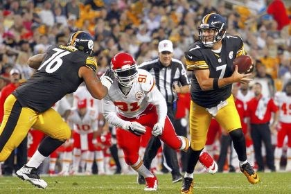 "bigben Steelers quarterback Ben Roethlisberger: ""We were 8-8, we lost some veteran guys, we're getting too old, we're too young, there's a lot of stuff out there and I'm fine with it. Outsiders can doubt us all they want, that's fine. My motivation is trying to win every game."""