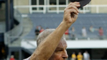 Bobby Cox Braves manager Bobby Cox tips his cap to the crowd after a ceremony honoring Cox's last game in Pittsburgh. Cox announced earlier this year this will be his last season managing the team.