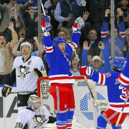 clowe Ryane Clowe celebrates his first goal with the New York Rangers, part of a six-goal onslaught against Marc-Andre Fleury in Madison Square Garden.