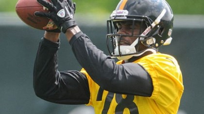 cortez allen throwing Steelers cornerback Cotez Allen during the team's Organized Team Activities (OTAs) at their South Side practice facilities.