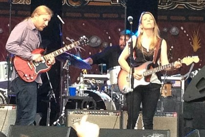 Derek Trucks and Susan Tedeschi Derek Trucks and Susan Tedeschi play at Stage AE Wednesday.