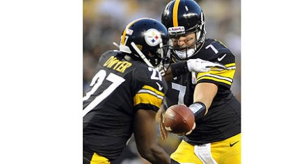 Dwyer Ben Roethlisberger handing off to Jonathan Dwyer is a common sight this preseason for the Steelers.