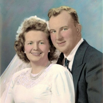 Frank and Mary Grejda Frank and Mary Grejda on their wedding day, April 24, 1948. They met for their first date under the Kaufmann's clock.