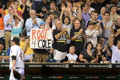 gerrit cole duigout After his MLB debut. Gerrit Cole walks to the dugout to a standing ovation.