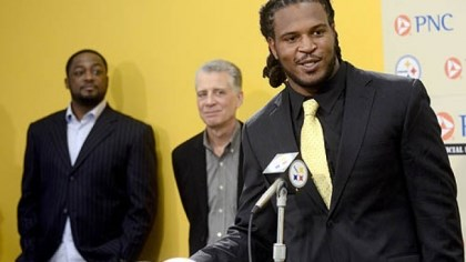 Jarvis Jones Steelers first round pick Jarvis Jones speaks to the media during a press conference at the Steelers South Side training facility last month. Jones was the 17th pick overall in the 2013 draft.