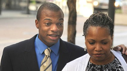 jordan miles terez miles Jordan Miles and Terez Miles enter the Federal Courthouse Tuesday.