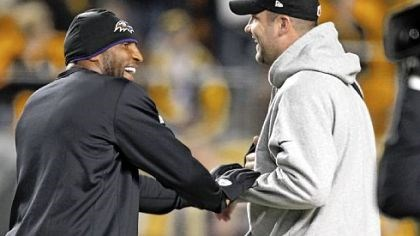 lewis Injured veterans Ray Lewis, left, and Ben Roethlisberger meet before the game.