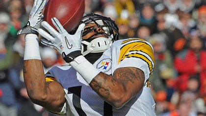 Mike Wallace The Steelers' Mike Wallace hauls in pass from Ben Roethlisberger for a touchdown in 2011.