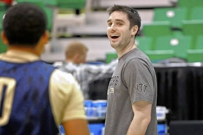 Richards Pitt assistant coach Jason Richards was the point guard for the 10th-seeded Davidson team that made an improbable Elite Eight run led by current NBA star Stephen Curry.