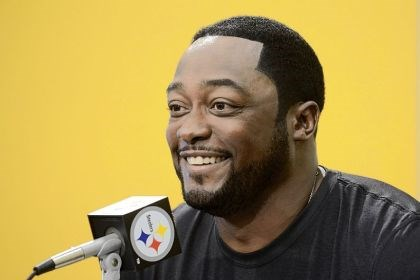 steel1 Steelers coach Mike Tomlin speaks to the media.