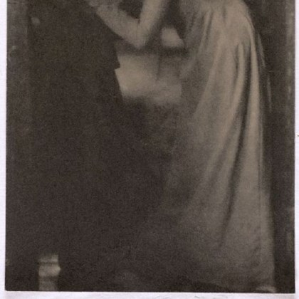 "'The Kiss' Clarence H. White's 1904 portrait of sisters, ""The Kiss."""