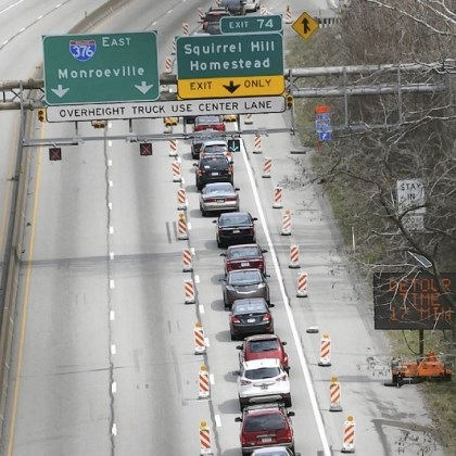 Tunnel Traffic on the Parkway going East is directed off at Beechwood Boulevard on Sunday because of the closure of the outbound lanes of the Squirrel Hill Tunnel.