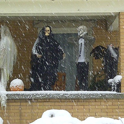wva halloween snow Halloween decorations are seen during a snowstorm, Tuesday, Oct. 30, 2012, in Elkins, W.Va.