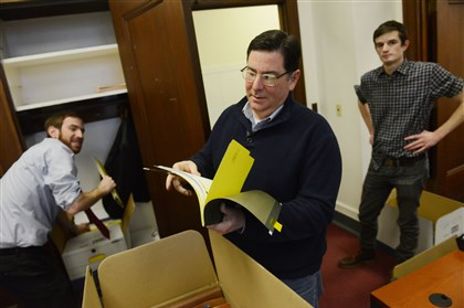 20131126MWHpedutoLocal01 Pittsburgh Mayor-elect Bill Peduto, center, with his chief of staff Dan Gilman, left, and intern Matt Jacob, cleans out the office that he has occupied for nearly 20 years in the City-County Building, Downtown, on Wednesday.