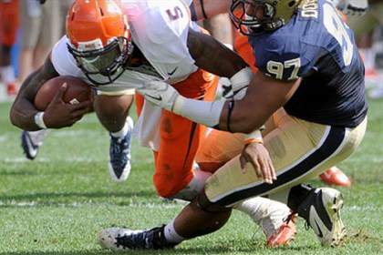donald1226 Pitt defensive tackle Aaron Donald sacks Virginia quarterback David Watford at Heinz Field.